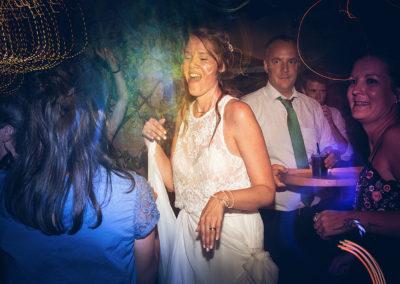 fografo-matrimonio-a--mombaruzzo-party-33