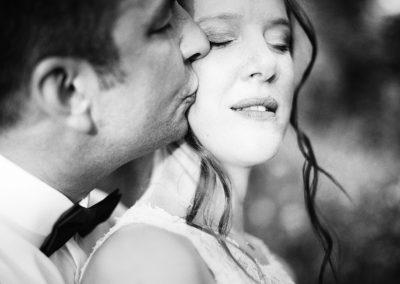 wedding-in-la-villa-hotel-mombaruzzo-couples-4